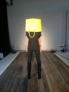 fot. VB twitter/ Victoria Beckham zdradziła czytelnikom, że Fashion Week to dla niej szalone przeżycie