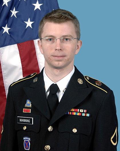 Bradley Manning, aresztowany w maju 2010 za wyniesienie tajnych dokumentów amerykańskich fot. US Army