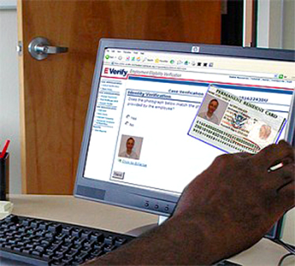 E-Verify fot. everifyandi9news.com