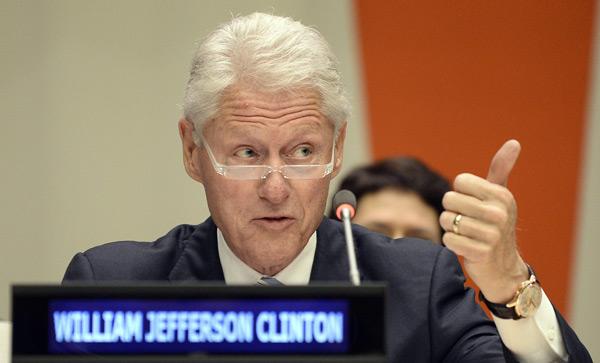 Bill Clinton od trzech lat jest na wegańskiej diecie. fot. PAP/EPA Andrew Gompert