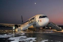 Passengers sue over 2011 Boeing emergency landing
