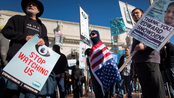 Demonstracja przeciwko inwigilacji rządu fot. EPA/PAP - Jim Lo Scalzo