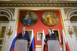 Polish, Russian foreign ministers discuss bilateral issues