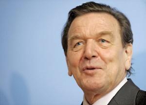 Były kanclerz Niemiec Gerhard Schroeder fot.Nicolas Bouvy/PAP/EPA