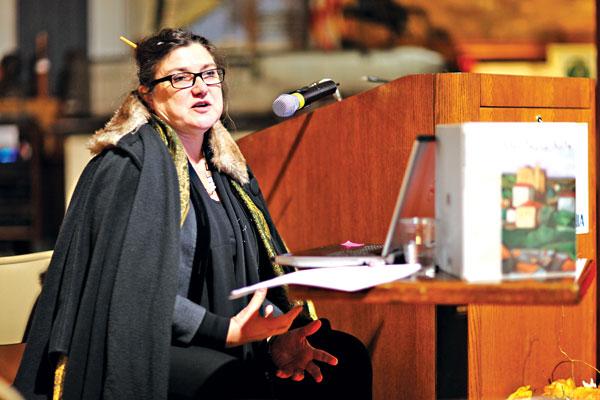 Dr Ewa Bobrowska