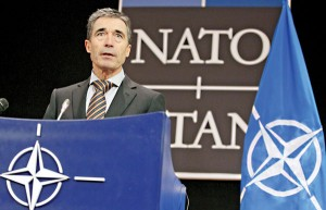 Anders Fogh Rasmussen, sekretarz generalny NATO fot.Olivier Hoslet/PAP/EPA
