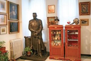 Rzeźba Ostrowskiego w galerii Instytutu fot.Instytut Piłsudskiego