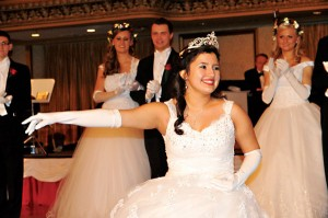 Królewski ukłon składa zdobywczyni królewskiej korony Emilia Rafalik