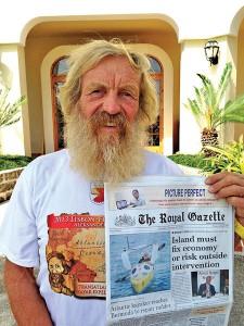 "Aleksander Doba na pierwszej stronie bermudzkiej ""The Royal Gazette"" fot.Piotr Chmieliński"
