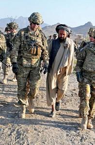 Generał Jeffrey Sinclair (z lewej) fot.Amanda Hils/U.S. Army/Wikipedia