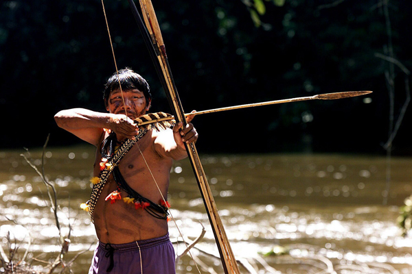Indianin-Amazonia-PAP-EPA.jpg