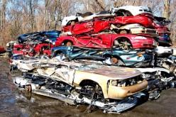 Złomowisko samochodów, głównie kradzionych