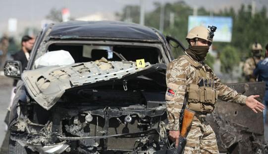 Samobójczy zamach w Afganistanie; parlamentarzysta ranny, troje zabitych