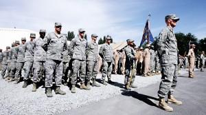 Żołnierze amerykańscy w bazie wojskowej w Biszkeku w Kirgistanie fot.Ogor Kovalenko/PAP/EPA