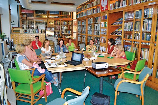Uczestnicy Klubu Książki Trzeci Wtorek w BMPA fot.Małgorzata Kot