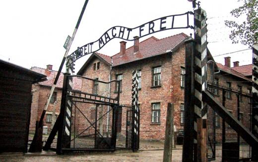 93-letni były strażnik z Auschwitz oskarżony o pomocnictwo w mordowaniu