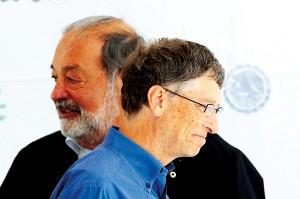 Carlos Slim (z lewej) i Bill Gates fot.Jose Mendez/EPA