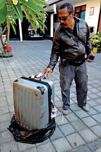 Walizka, w której znaleziono na Bali ciało Sheili von Wiese Mack fot.Anta Kesuma/EPA