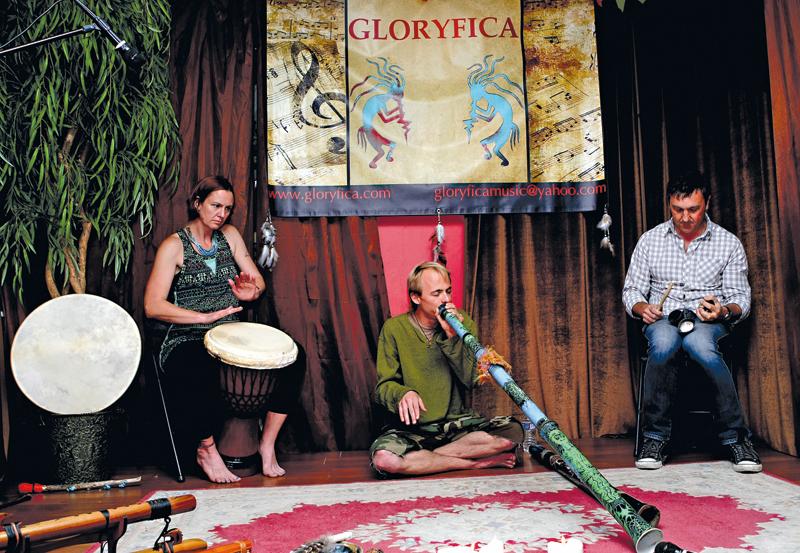 Od lewej:Jen Halman, Kyle Servais i Sergey Zuyev