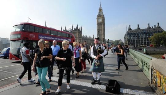 Brytyjscy eksperci: Zjednoczone Królestwo uniknęło rozpadu, ale grozi mu chaos