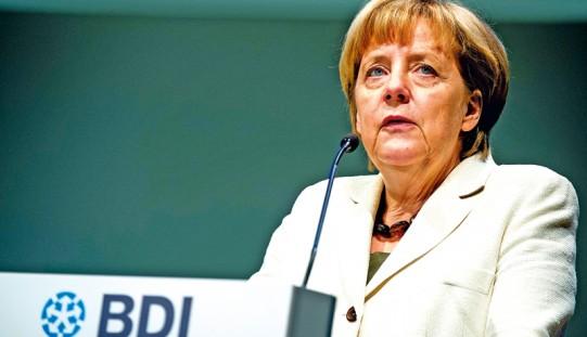 Niemcy. Kanclerz Merkel za utrzymaniem sankcji wobec Rosji