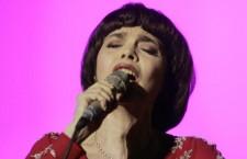 Mireille Mathieu during a concert
