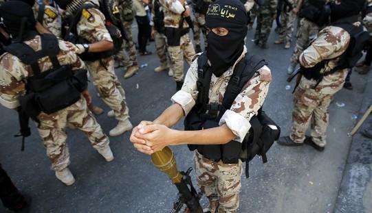 """""""Samotne wilki"""" dżihadu polują na Zachodzie z inspiracji Al-Kaidy i IS"""