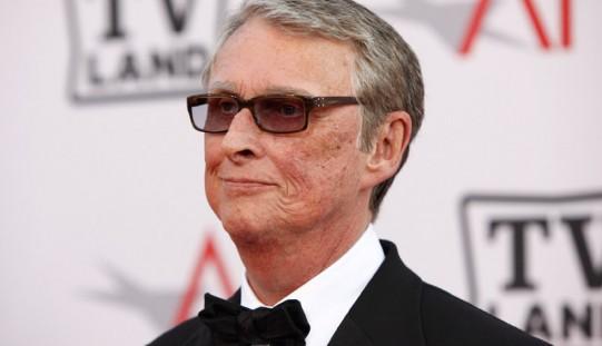 """Reżyser """"Absolwenta"""" Mike Nichols zmarł w wieku 83"""