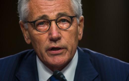 Minister obrony Chuck Hagel podał się do dymisji
