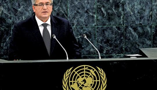 CBOS: prezydent Komorowski na czele rankingu zaufania do polityków
