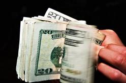 Małżeństwo kradło publiczne pieniądze