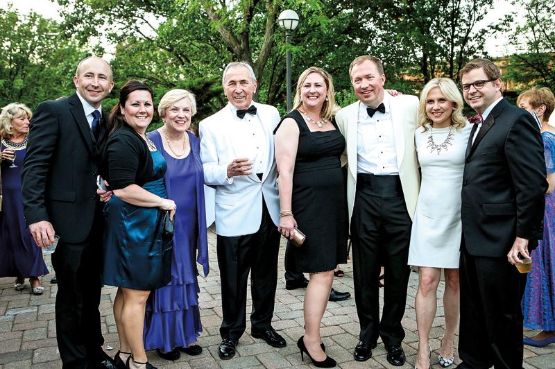 Maria i Richard Cieślowie z rodziną, Bal Letni MPA w 2013 fot. Julita Siegel
