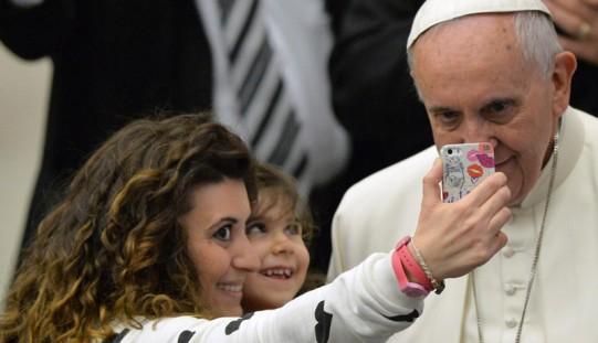 Włochy/Sondaż: rekordowe poparcie dla papieża
