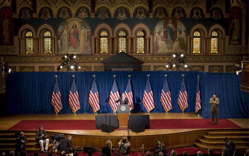 Prezydent Obama podczas wystąpienia w Georgetown University fot. Matthew Cavaniugh/EPA