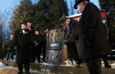 Punxsutawney Phil predicts the Weather on Groundhog Day