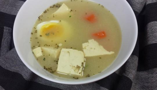 Żurek wegetariański z tofu