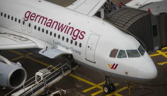 Ekspert o katastrofie Airbusa A320: możliwa choroba psychiczna pilota