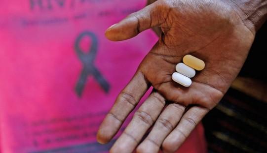 Eksperci: nikt nie powinien myśleć, że problem HIV/AIDS go nie dotyczy