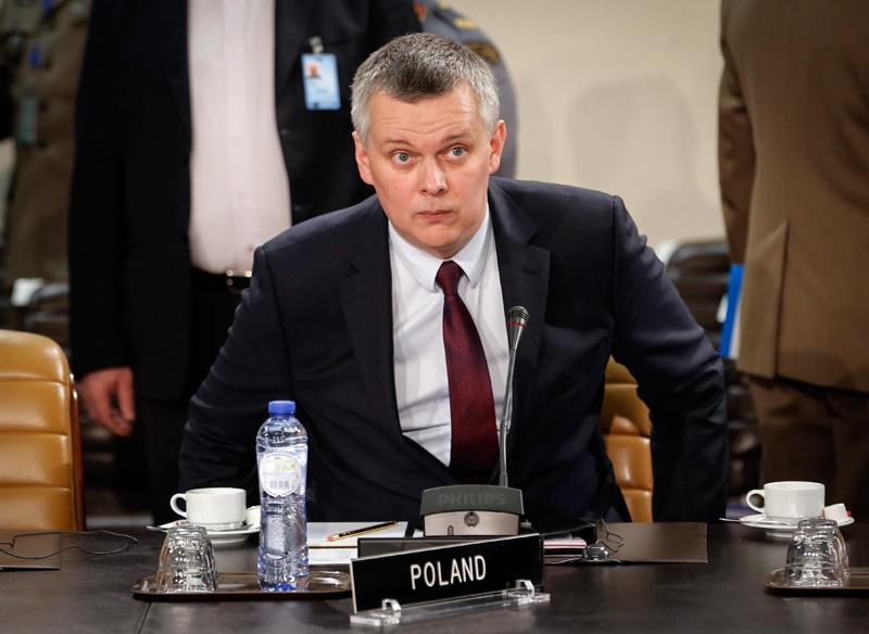 Tomasz Siemoniak fot.Olivier Hoslet/EPA