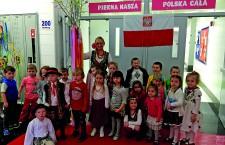 Przedszkolaki w dniu powitania wiosny, foto. M.Siodłak