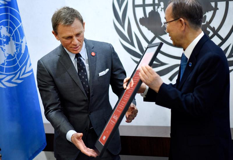 Daniel Craig (z lewej) fot.Justin Lane/EPA