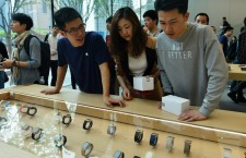 Apple Watch has been a hit in Apple Stores recently.