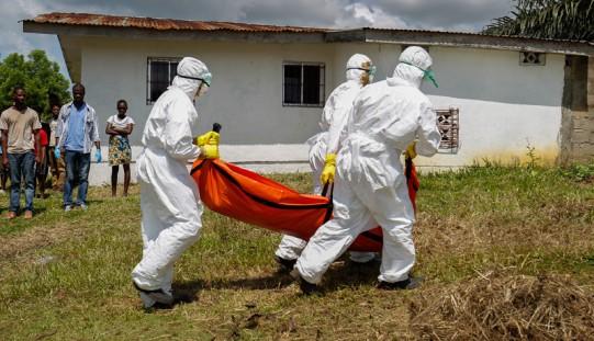 WHO: Ebola znów się rozszerza w Gwinei i Sierra Leone