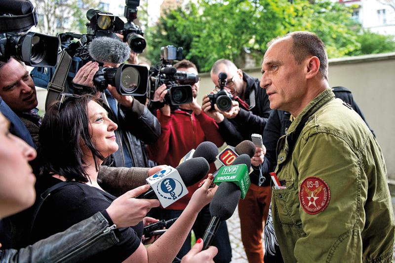 Paweł Kukiz fot.Maciej Kulczynski/EPA