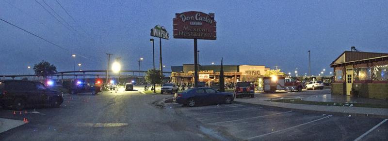 Otoczenie baru Twin peaks, gdzie doszło do porachunków gangów motocyklowych w Teksasie fot.Waco Police Department/EPA