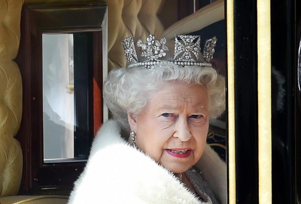 Elżbieta II: referendum w sprawie UE do końca 2017 roku