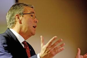 Former Florida governor Jeb Bush.  Photos: EPA/THAIS LLORCA