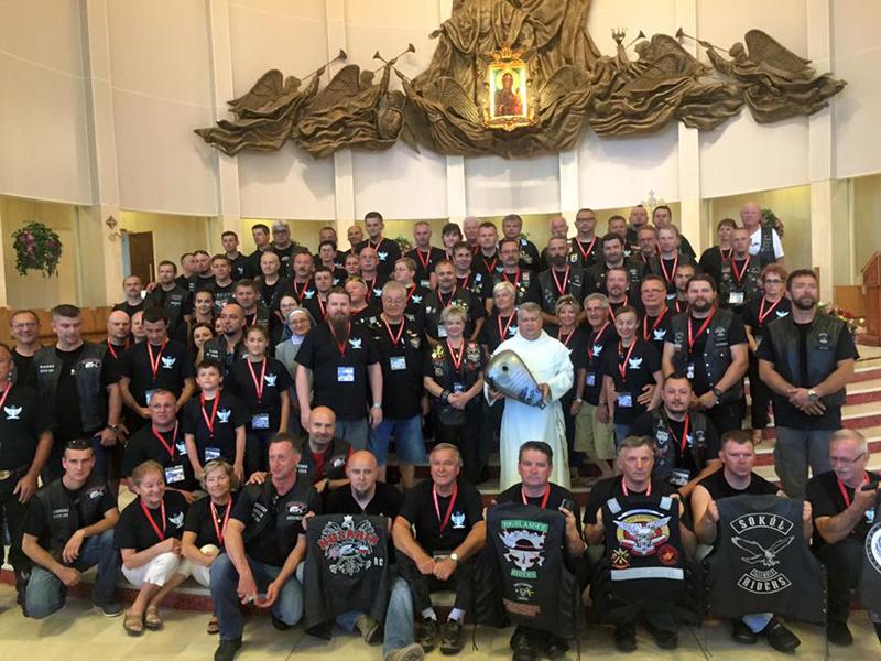 Wszyscy uczestnicy motocyklowej pielgrzymki
