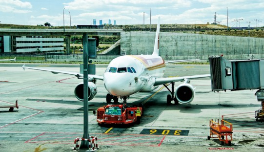Kiedy kupimy najtańsze bilety lotnicze?