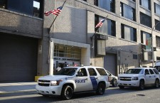 Gunman kills security guard at US federal building, then kills himself